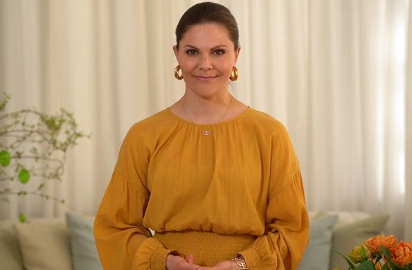 Crown Princess Victoria wore Rodebjer Roma dress, skirt and blouse, and Sophie by Sophie gold earrings