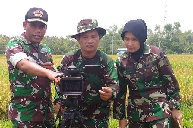 Membidik Target Sorot Kamera Di Hamparan Hutan Wilis