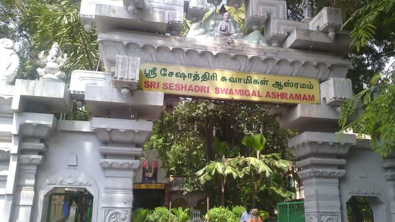 http://www.templeinformation.in/2013/10/tiruvannamalai-girivalam.html