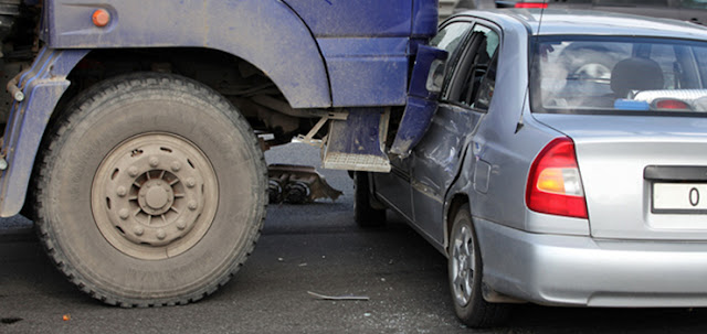 What you have to know about truck accident law