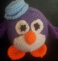 http://www.ravelry.com/patterns/library/popple-pingles-the-penguin