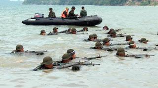 Latihan Marinir TNI AL