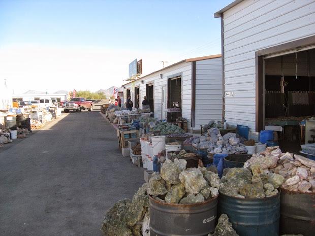 Quartzsite Arizona Gem and Mineral Show