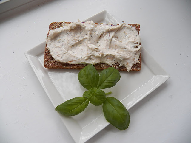Smoked Salmon Spread with Basil on Rye Cracker