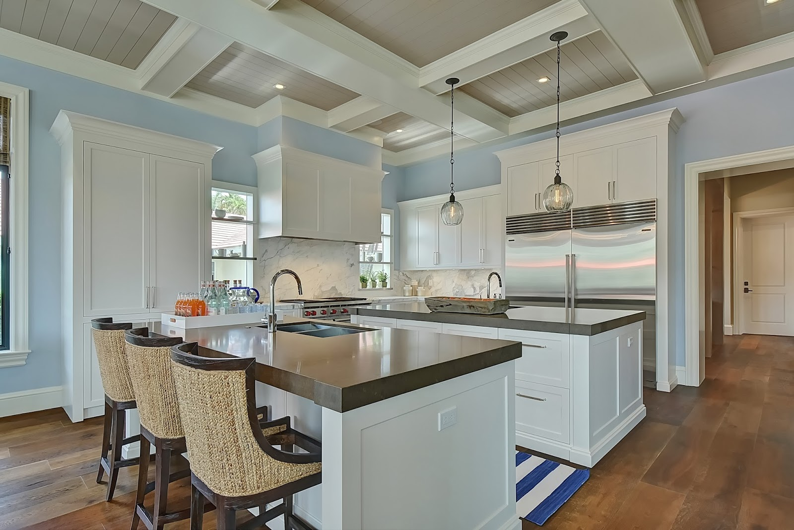 a crisp and cool coastal vibe at royal palm yacht and country club in boca raton by swp cabinetry