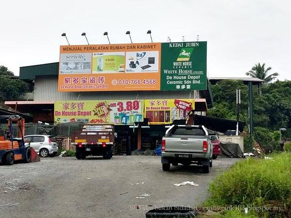 So Ni Kedai Pertama Kiteorang Singgah Dalam Misi Mencarik Sinki Nama Eerr Aku Tak Tau Yang Mana Satu Ko Tengok Tu
