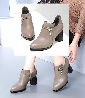 Sepatu model chunky yang mengadopsi gaya pantofel untuk wanita berkaki besar wanita