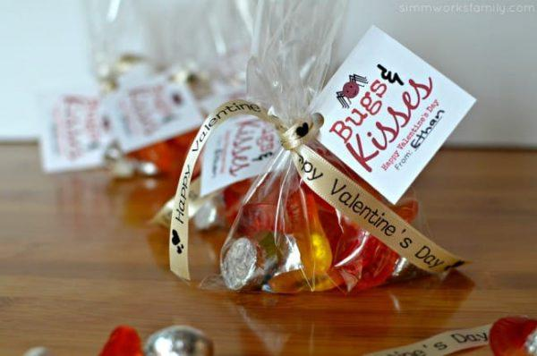 Beautiful Valentine's day cards with candy