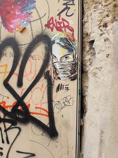 Mädchen-Stencil in Marseille von Alice - kleines Motiv
