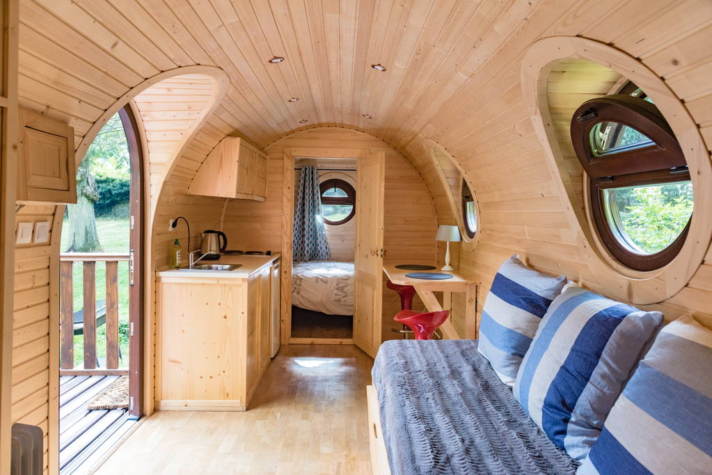 01-Airbnb-Barrel-Home-Architecture-in-an-Idyllic-Location-www-designstack-co