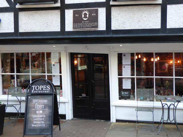 Topes Restaurant in a wonky building in Rochester High Street