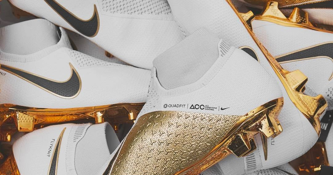 White   Gold Nike Phantom Vision Limited-Edition Boots Launched - Footy  Headlines 0adbe7b3b