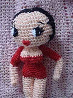 http://patronesamigurumis.blogspot.com.es/2012/02/patron-betty-boop.html