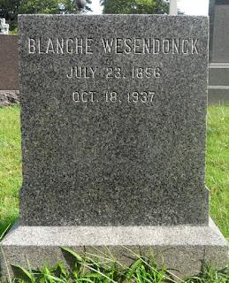 Seite des Grabsteines von Blanche Wesendonck
