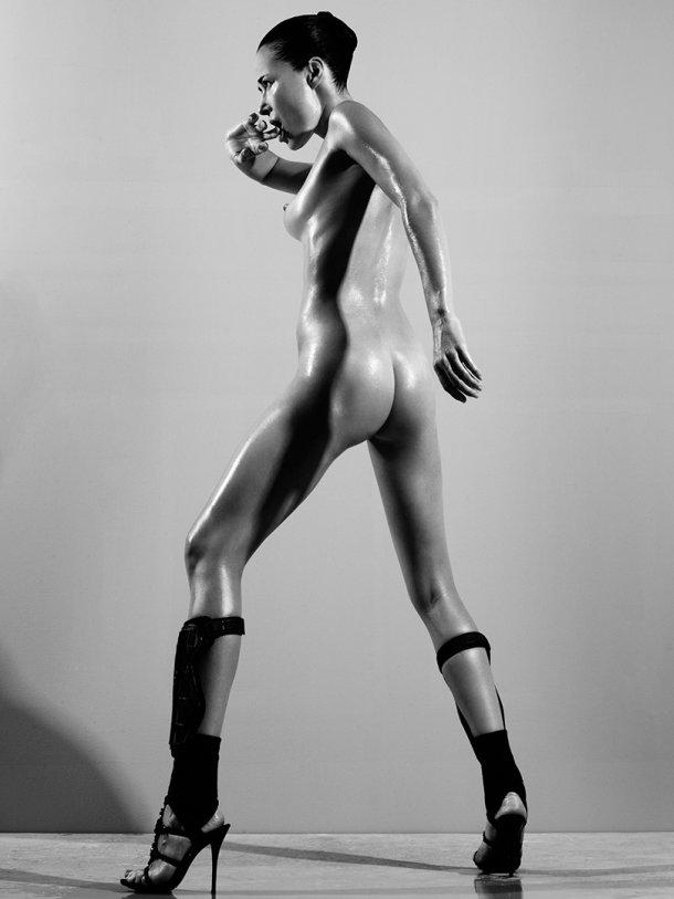 Rasmus Mogensen fotografia nudez artística modelos sensuais preto e branco mulheres nuas peitos bundas bucetas