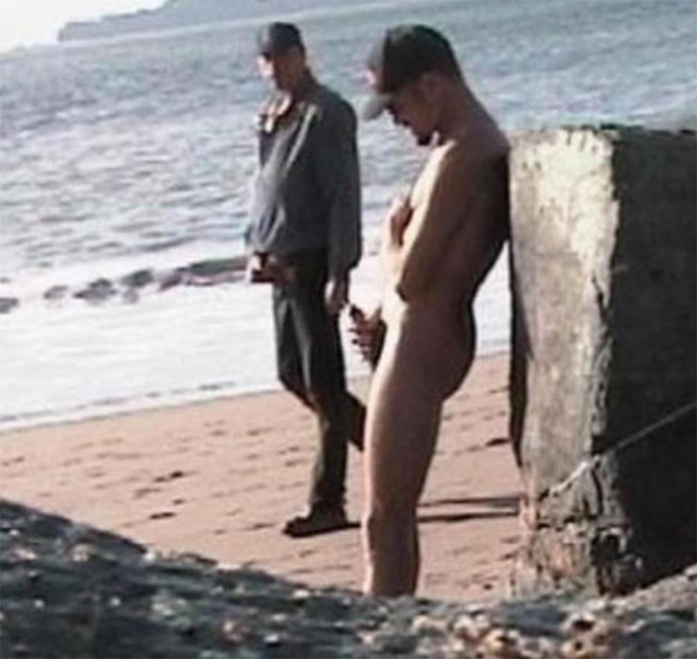 cum on stranger in public