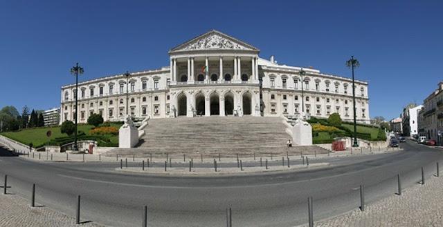 Portugal   PRECISAMOS DE UMA ASSEMBLEIA DA REPÚBLICA DESPARASITADA