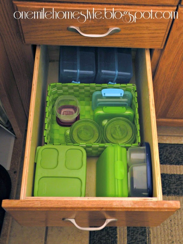 Lunch container organization in a kitchen drawer