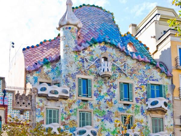 Spanyol: Barcelona, Kota para Modernista