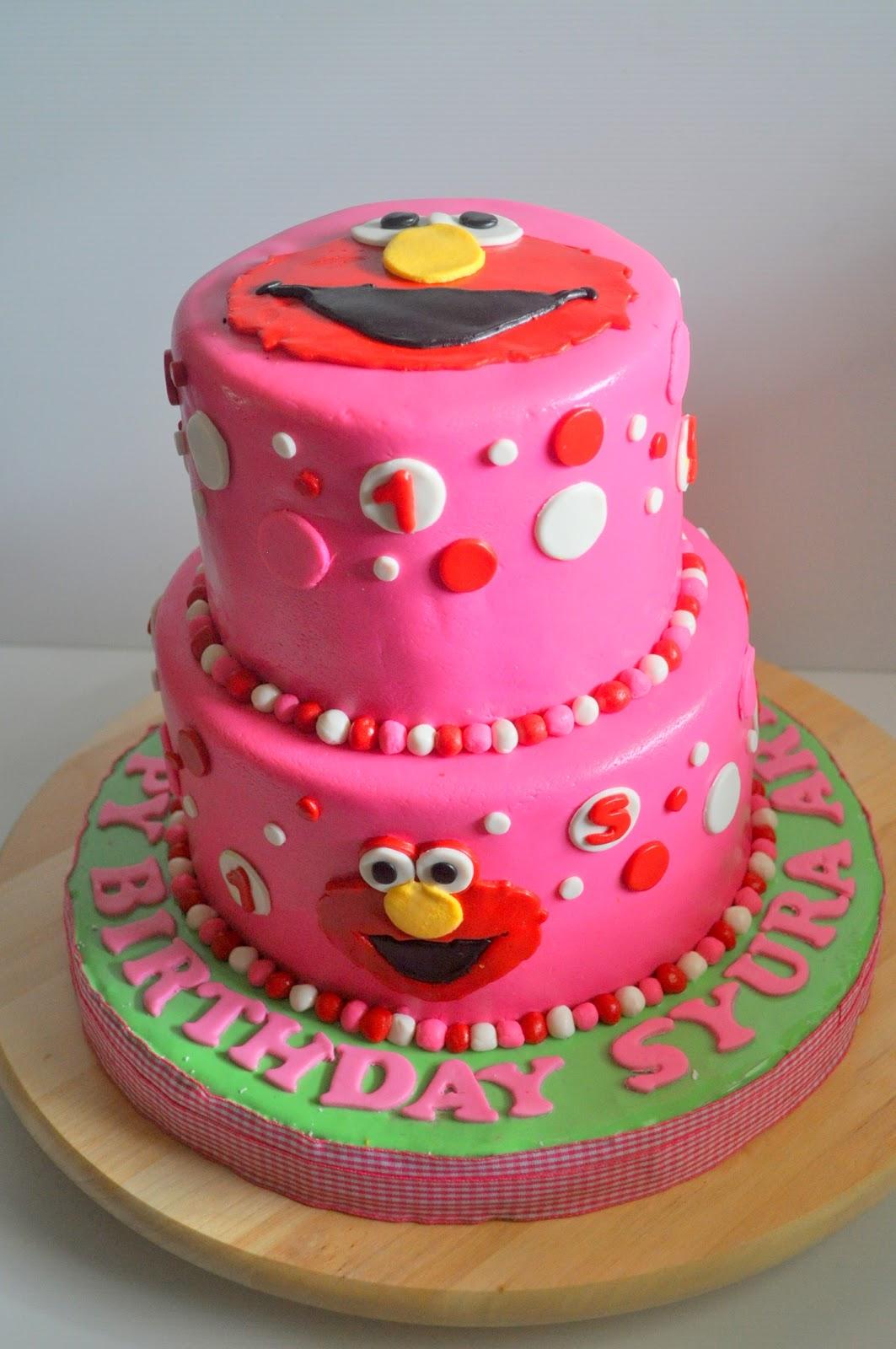 Izah S Kitchen Elmo 2 Tier Cake For Syura