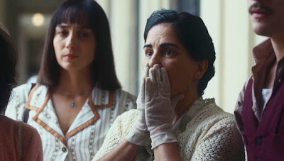 Lola (Gloria Pires) fica preocupada ao saber estado de saúde de Júlio (Antonio Calloni) — Foto: Globo