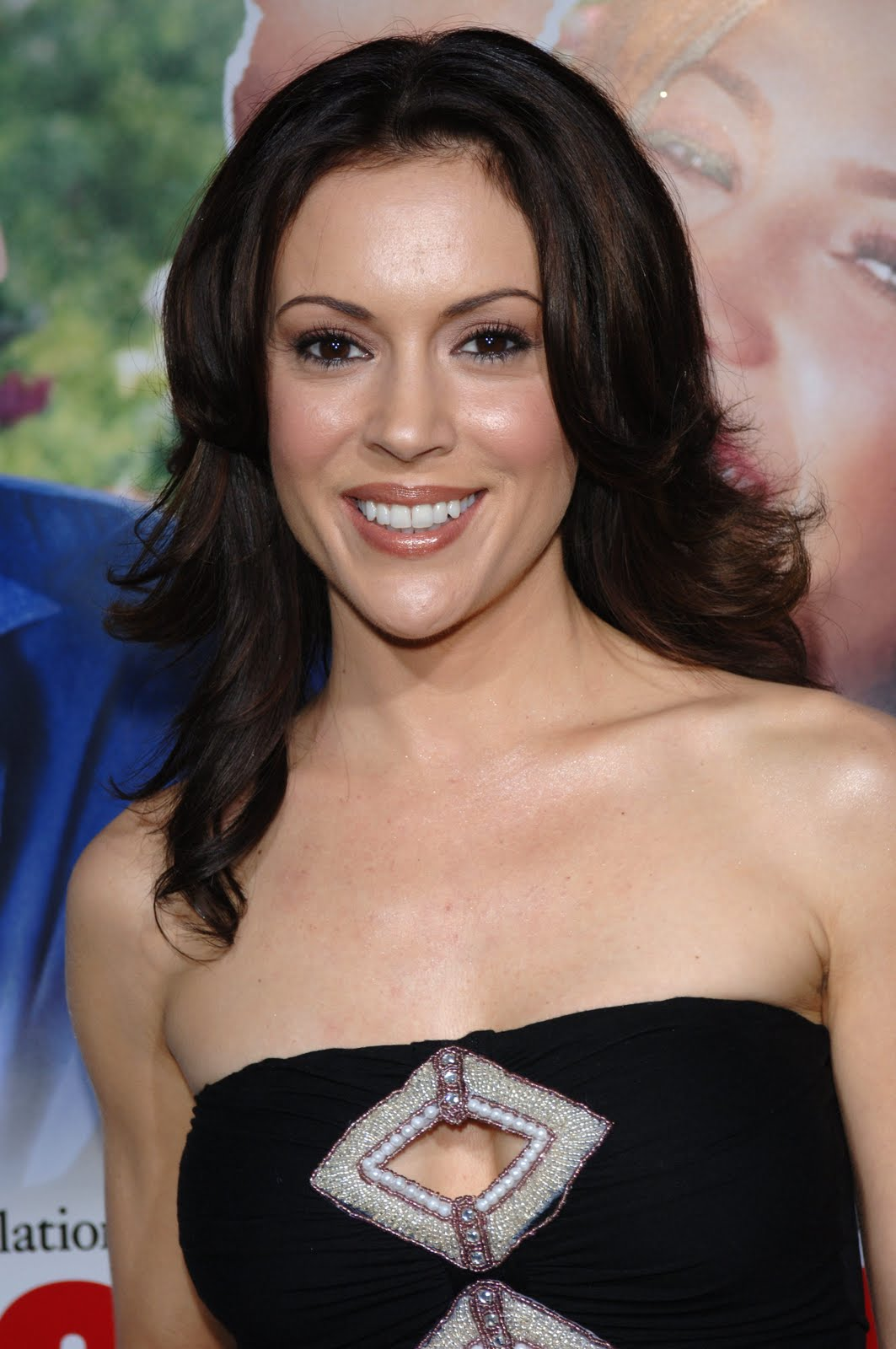 Pm Bedroom Gallery Alyssa Milano Images All Celebrity Post