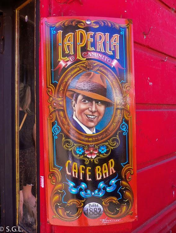 Cartel colorido en caminito Buenos Aires