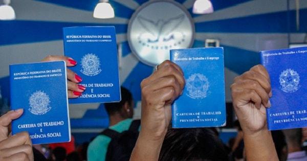 600 vagas Urgentes de Operador de Telemarketing, Serviços Gerais e Outros cargos no Rio