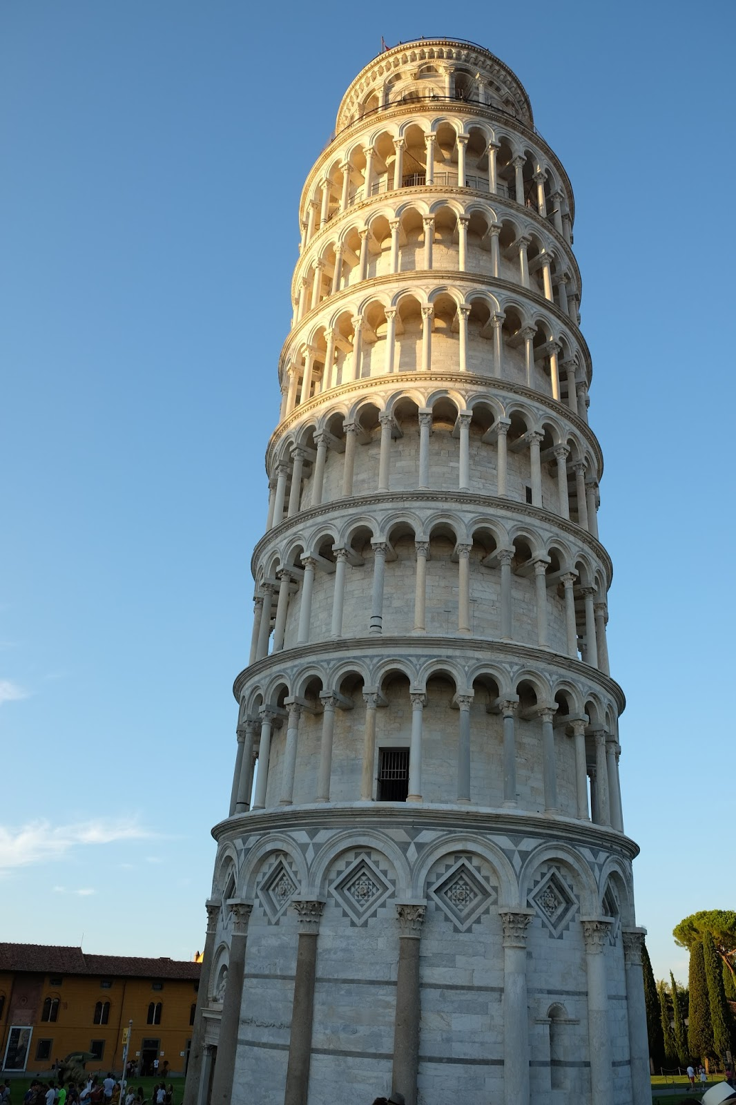 The leaning tower of pisa italy theflairsophy - Leaning tower of pisa ...