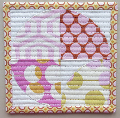 Luna Lovequilts - Quilted coaster tutorial - Hand appliqué quarter circle block