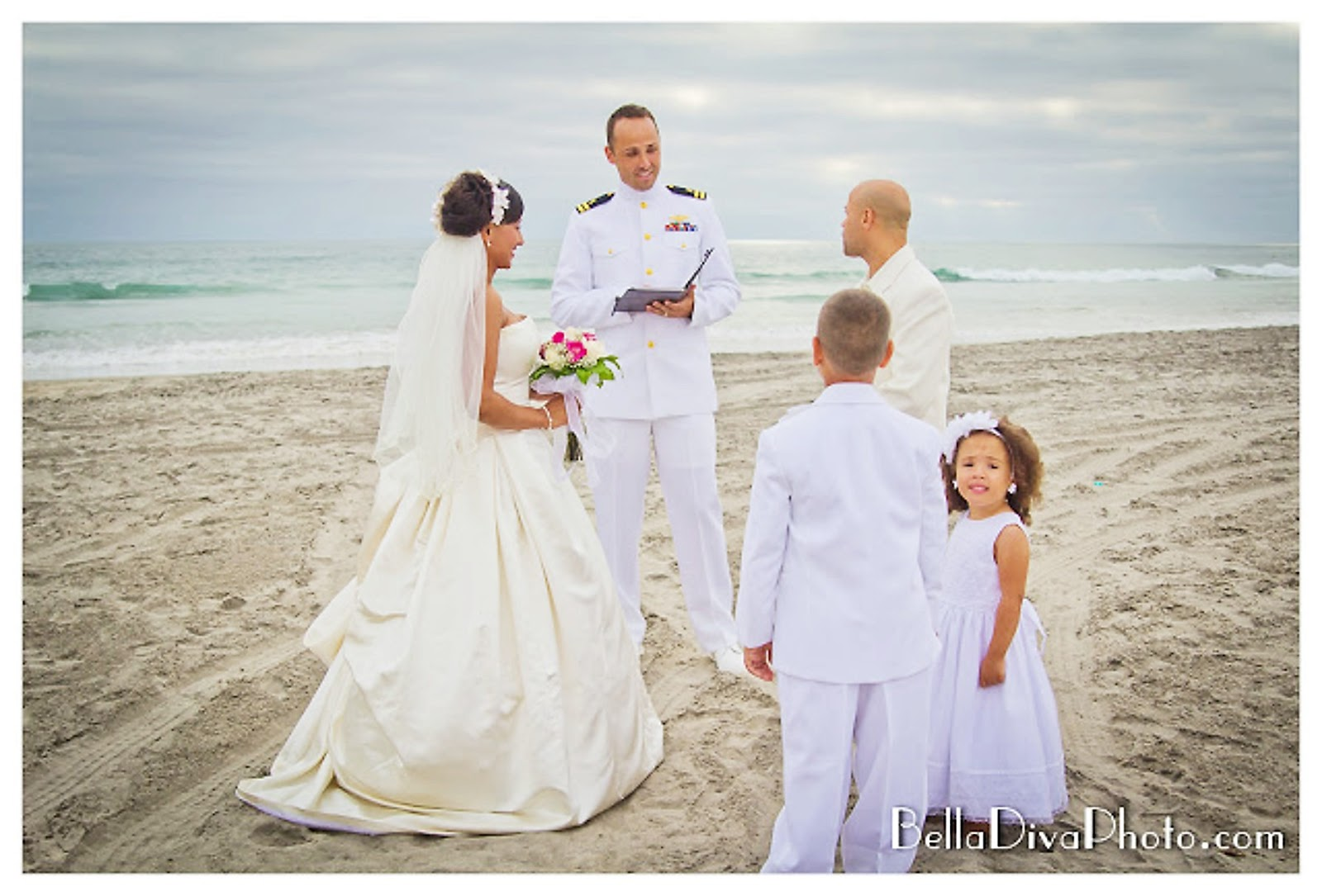 Beach Vow Renewal Ceremony: Southern California Modern