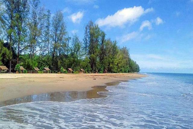 Pantai Hoya