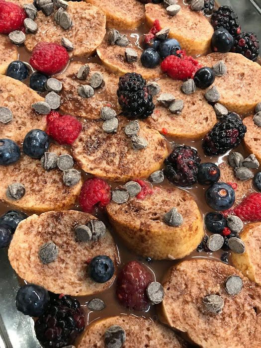 baked nutella berry french toast recipe, christmas morning french toast recipe, overnight french toast
