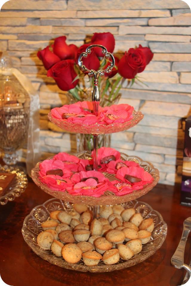 Bombons e Financier : Decoração do Jantar Dia dos Namorados