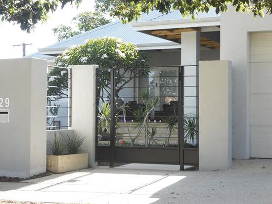 desain pintu pagar rumah minimalis