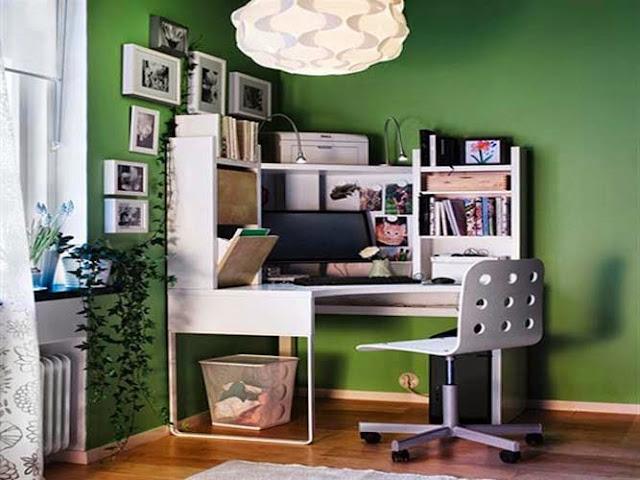 Profesi sebagai freelancer belakangan ini cukup terkenal di kalangan masyarakat 40 Desain Ruang Kerja Minimalis di Rumah Terbaik yang Wajib Ditiru