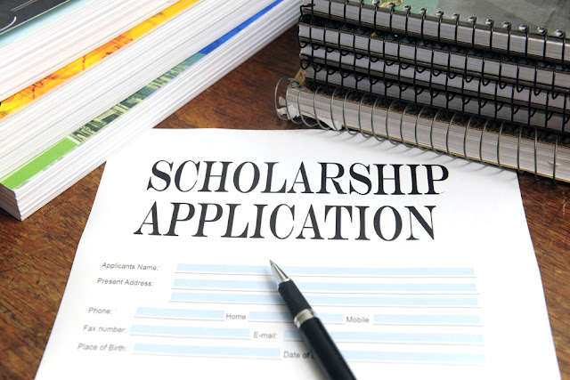 Most Effective College Scholarship Application Tips