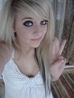 Blonde Emo Haircut 11