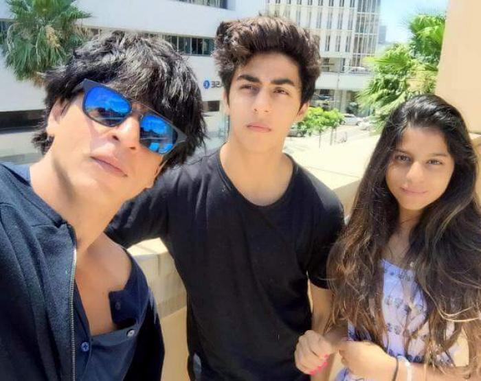 Shahrukh khan with his children