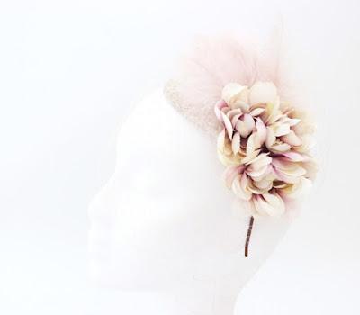 PV 2017 - Coleccion Nude 01 Plato flores pluma