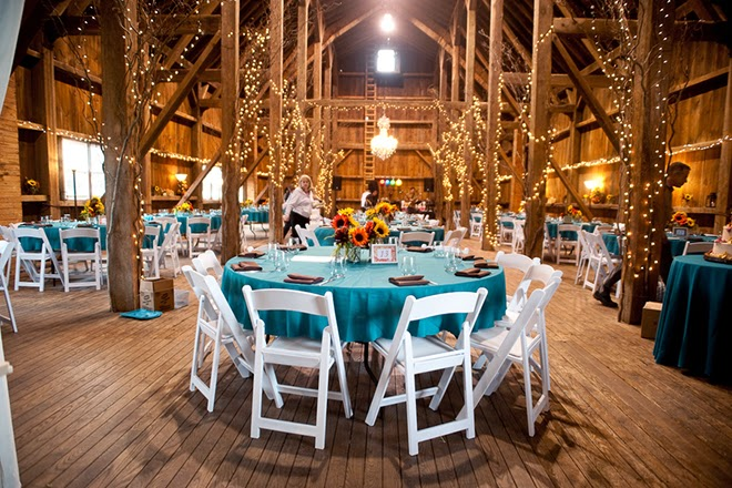 Looking Into A Barn Wedding For Yourself Not To Fear Just Few String Lights And Gorgeous Shades Of Oranges Plums Will Do The Trick