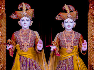 God Swaminarayan and Aksharbrahma Gunatitanand Swami