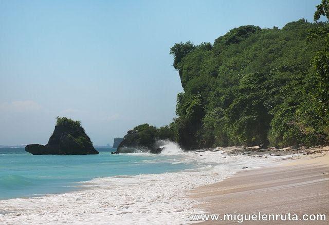 Thomas-Beach-playa-soñada-Bali