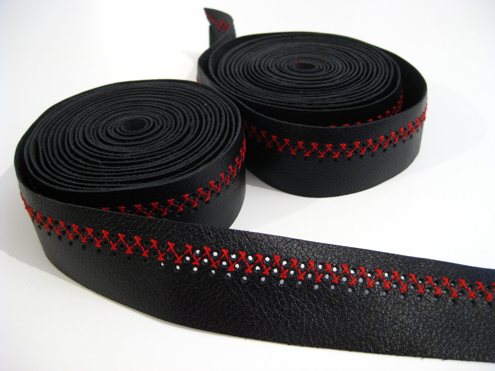 2d819e43858 Black Cherry Cross. Some black leather bar tape ...