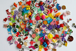 Medium Mixed I Spy trinkets for I spy bag/ bottle, Speech therapy, no doubles, Medium size 2-4cm Size M