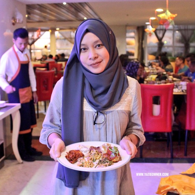 Dapur Berapi Kitchen On Fire By Celebrity Chef Ismail At Promenade Cafe