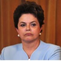 Dilma é vaiada pelos deputados na abertura da sessão legislativa