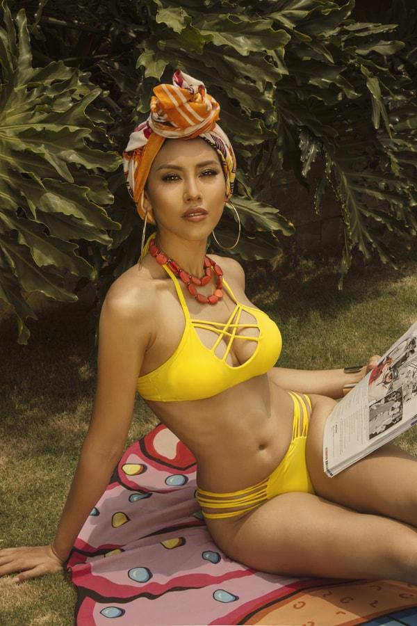 Á hậu Nguyễn Thị Loan tung loạt ảnh nóng bỏng khoe thân hình đẹp tự nhiên -8