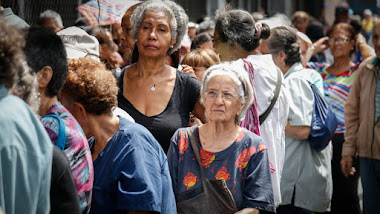 Pensionados del Seguro Social cobrarán este jueves Bs. 350 mil