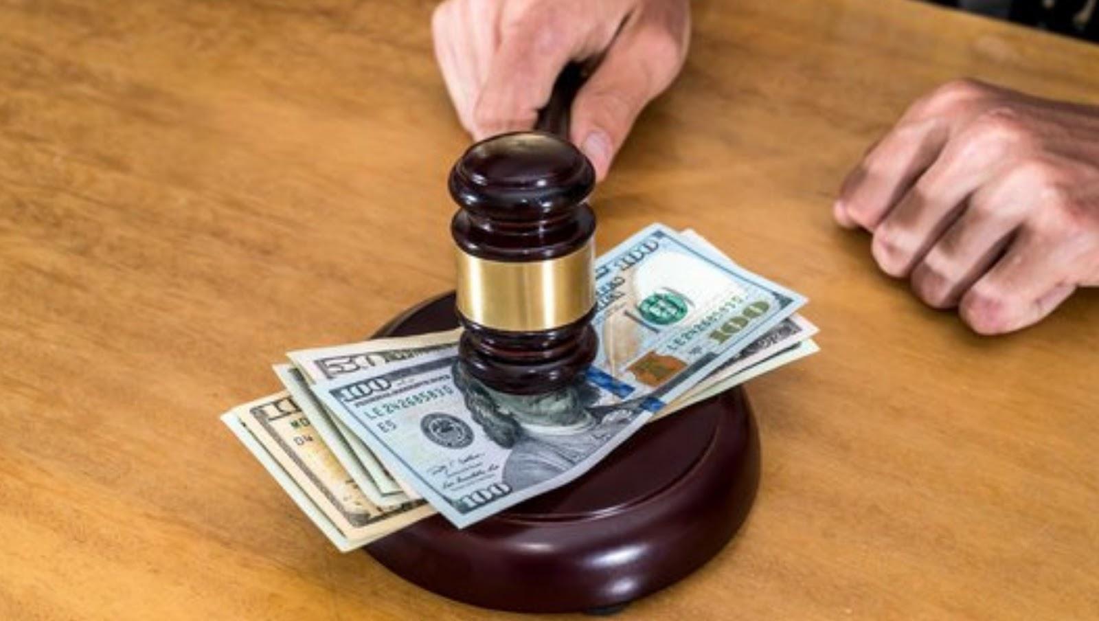 Hukuman untuk koruptor